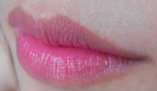 Xăm môi thâm
